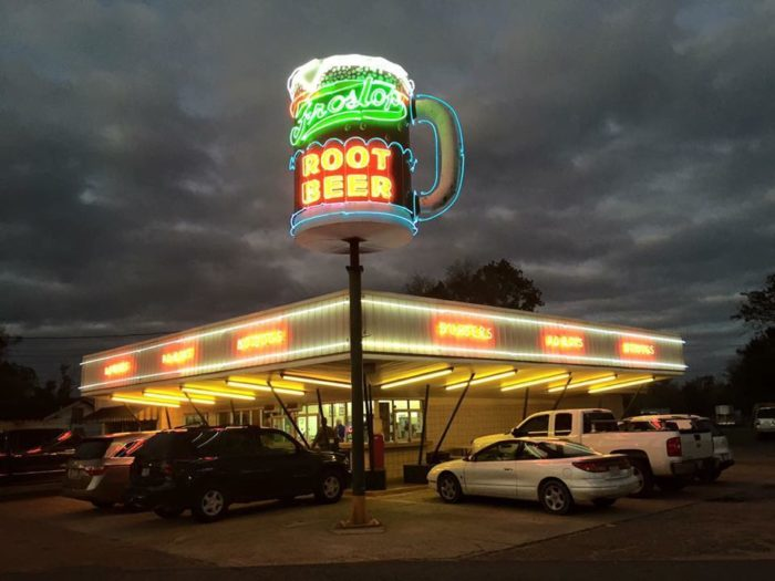 10 Retro Restaurants In Louisiana