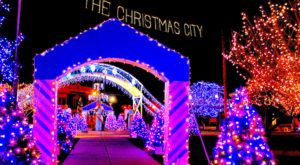 13 Christmas Light Displays In Massachusetts That Are Pure Magic