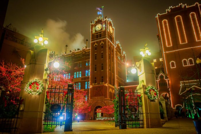 10 Best Christmas Towns In Missouri 2016