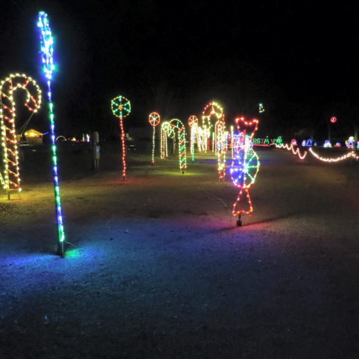 14 Best Christmas Light Displays In Kansas 2016