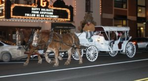 These 8 Horse Drawn Carriage Rides In Kansas Are Pure Magic