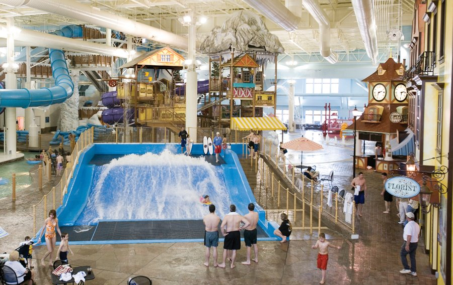 Avalanche Bay Is Michigan S Largest Indoor Waterpark