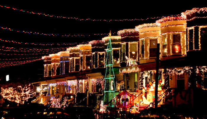The Beautiful Christmas Lights Road Trip To Take In