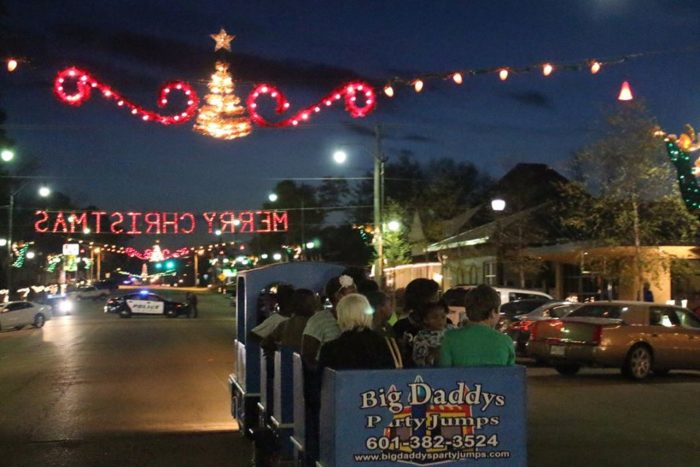 10 Best Christmas Towns In Mississippi 2016