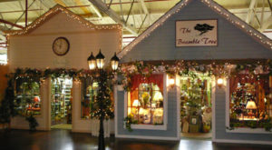 Visit This Charming Indoor Village In Pennsylvania For An Unforgettable Day Trip