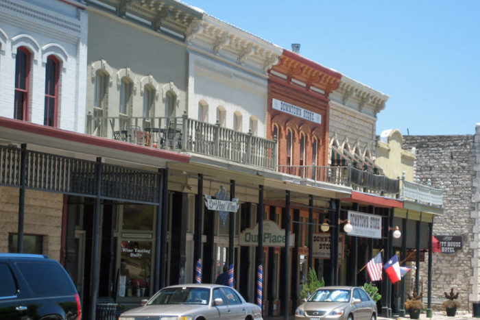 11 Best Charming Small Towns To Visit In Texas