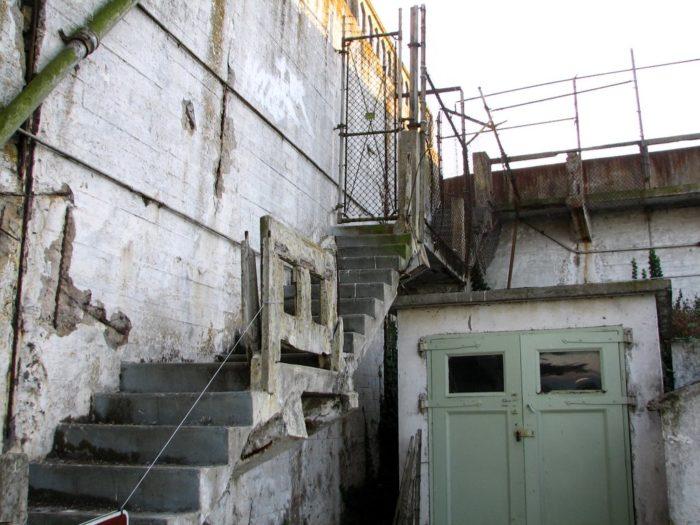 The Haunted Alcatraz Tour In San Francisco Is Terrifying