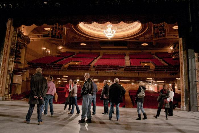 Theater tour - Free walking tour