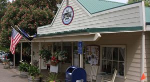 The Oldest General Store In Oregon Has A Fascinating History