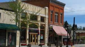 10 Picture Perfect Main Streets In Wyoming You'll Want To Visit