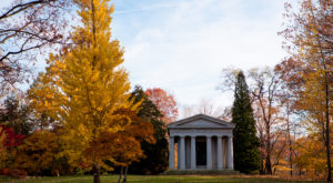 The Chapel In Cleveland That's Located In The Most Unforgettable Setting
