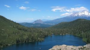 The Hidden Lake In Northern California That Everyone Should Visit At Least Once