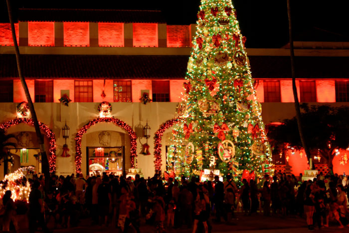 honolulu city lights is hawaii u0026 39 s must visit christmas