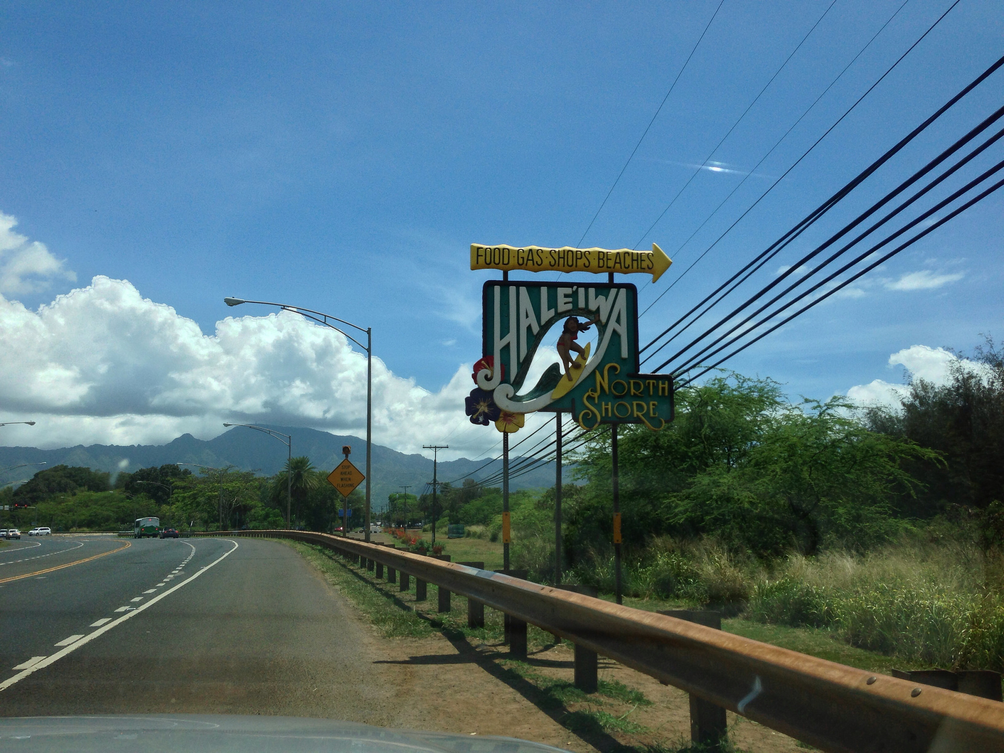 The Little Town In Hawaii That Might Just Be The Most Unique Town In The World