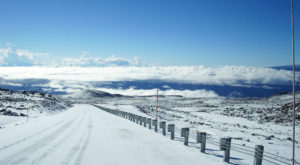 The One Breathtaking Place In Hawaii Where It Actually Snows