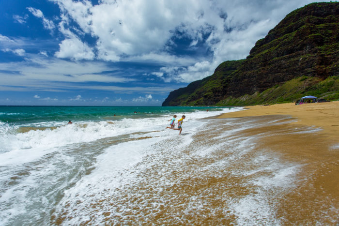 10 Gorgeous Beaches In Hawaii Too Dangerous For Swimming