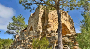 This Castle In Wyoming's State Park Is Not What You Would Expect