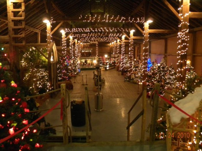 10 Best Christmas Towns In Iowa 2016