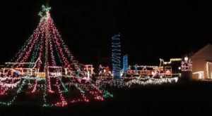 11 Christmas Light Displays In West Virginia That Are Pure Magic