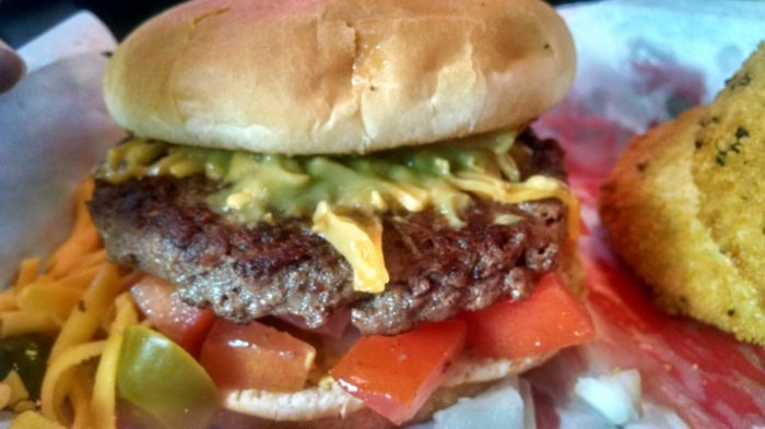 The 13 Absolute Best Restaurants To Get A Burger In Texas