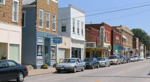 10 Small Towns In Rural Illinois That Are Downright Delightful