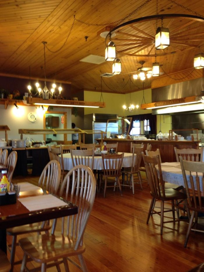 These Are The Best 9 Amish Country Restaurants In Indiana