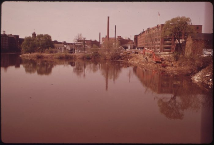 14 Vintage Photos Of New Hampshire In The 1970s