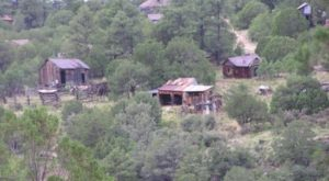 The Ghost Town Hike To Take In New Mexico If You Dare