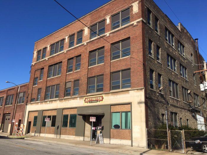 8 Of The Best Indoor Flea Markets In Wisconsin