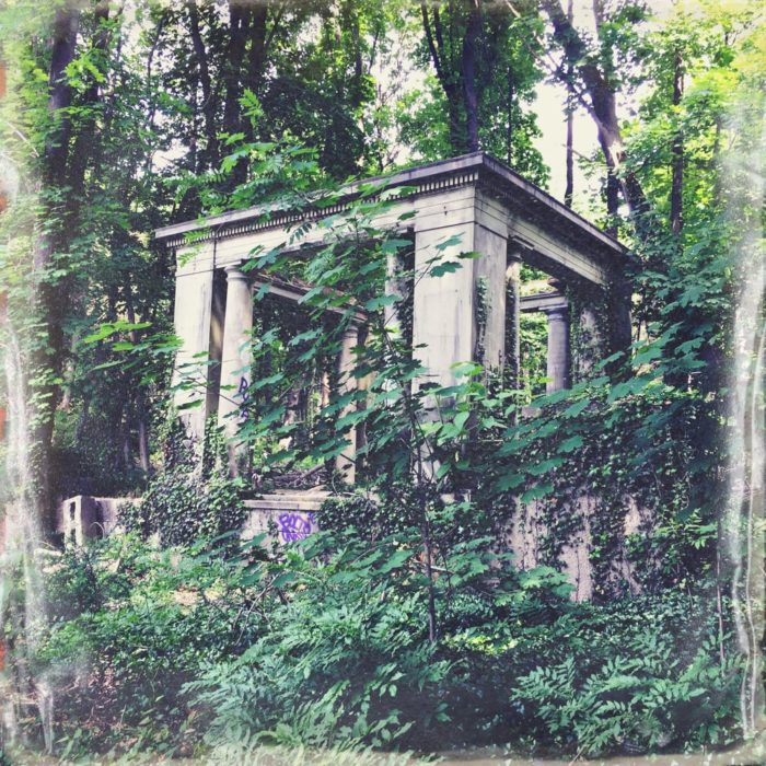 12 Abandoned Places In New York That Nature Is Reclaiming