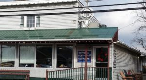 10 Ohio Amish Country Restaurants With Food So Good You'll Be Back For Seconds