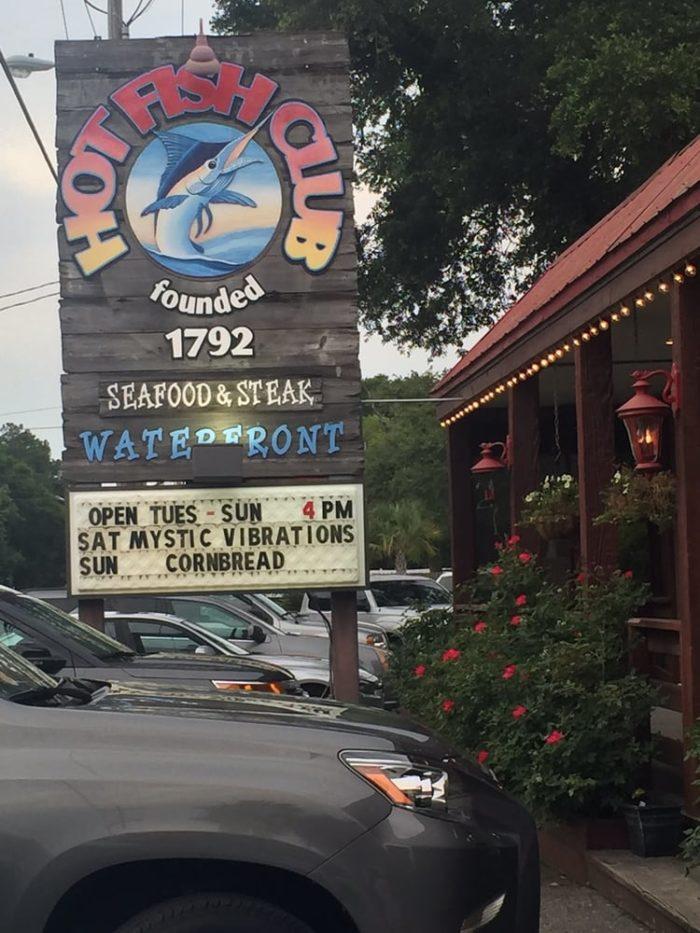 11 incredible waterfront restaurants in south carolina for Hot fish club murrells inlet south carolina