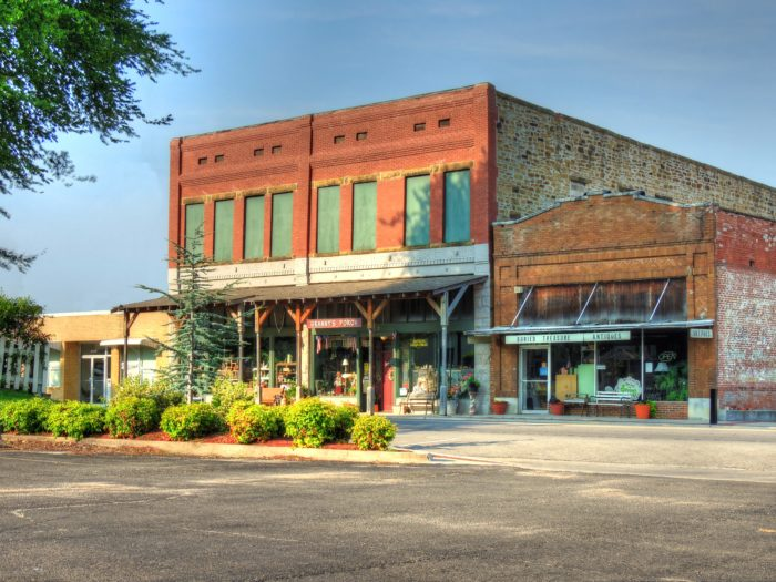 Take This Road Trip Through Oklahoma 39 S Most Charming Small Towns