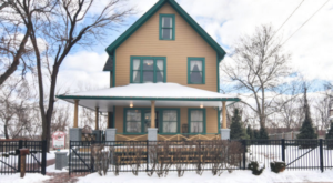 You'll Never Forget An Overnight In Cleveland's A Christmas Story House