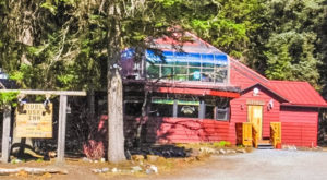 The Quirkiest Restaurant In Alaska That's Impossible Not To Love