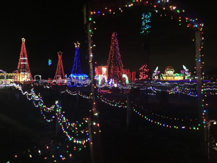 1. The Christmas Ranch (Morrow) & 15 Best Christmas Light Displays In Ohio 2016 azcodes.com