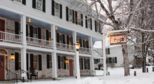 The One Town In Vermont That Turns Into A Winter Wonderland Each Year