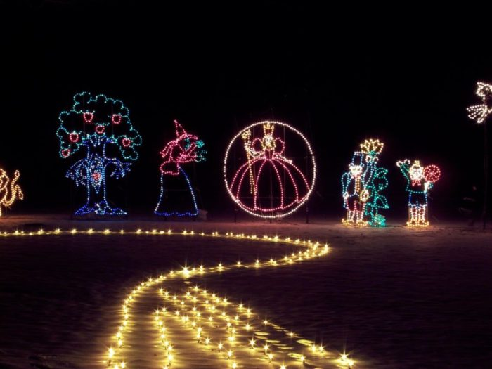 10 More Enchanting Christmas Light Displays In Pennsylvania 2016