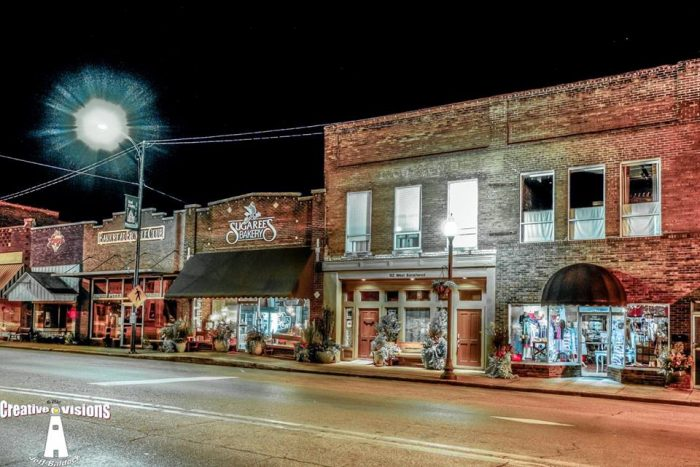 One Of New Albany S Most Notable Ets Is Its Vibrant Downtown Area