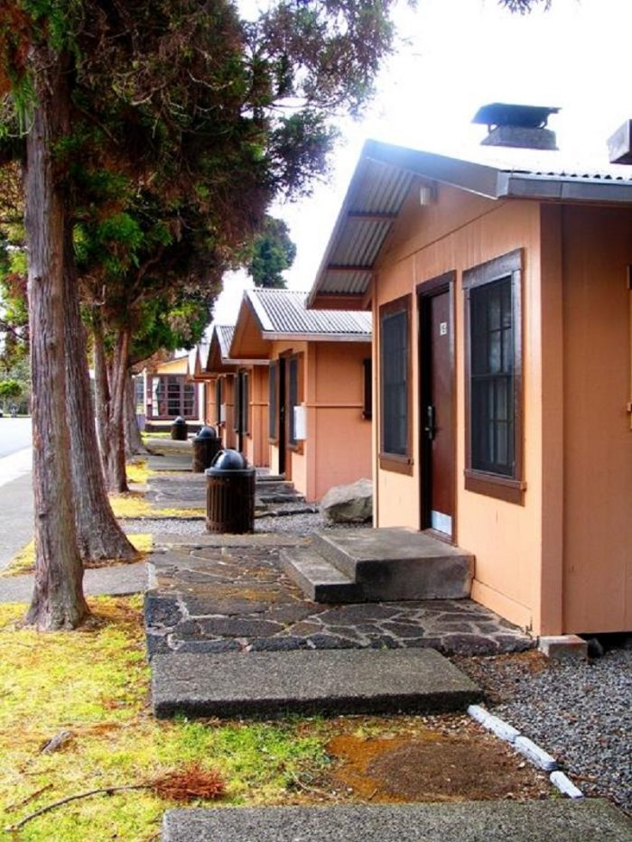 13 One Of A Kind Cabins In Hawaii