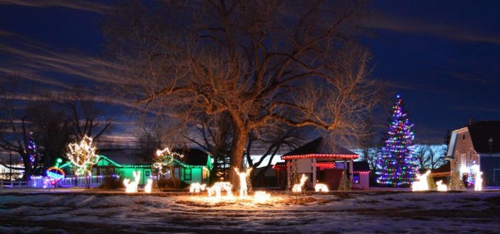 Neighborhoods With Christmas Lights