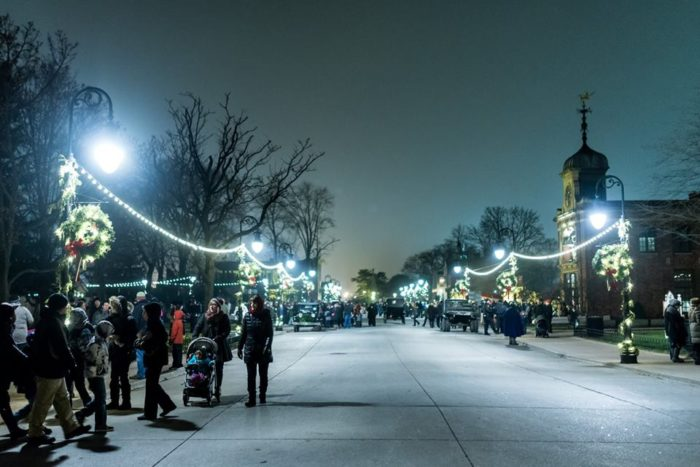 Great Lakes Ford >> Greenfield Village In Michigan Is Absolutely Charming At Christmastime
