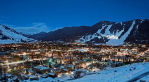 The One Town In Wyoming That Turns Into A Winter Wonderland Each Year