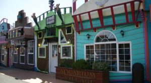 The Whimsical Street In Oregon That's Like Something Out Of A Fairy Tale