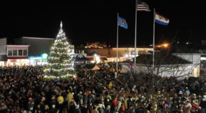 7 Main Streets In Delaware That Are Pure Magic During Christmastime