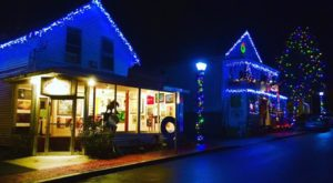 9 Main Streets In Connecticut That Are Pure Magic During Christmastime