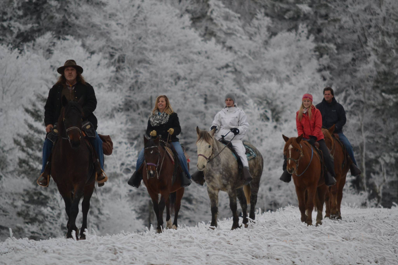 Autumn Breeze Stables Provides Winter Horseback Rides In