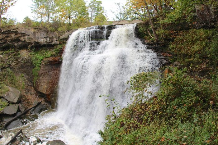 Amazing Unforgettable Ohio Road Trips To Take - 10 waterfalls to see before you die
