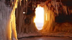 14 Majestic Spots In Wisconsin That Will Make You Feel Like You're At The North Pole