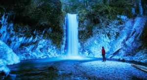 9 Gorgeous Frozen Waterfalls In Oregon That Must Be Seen To Be Believed